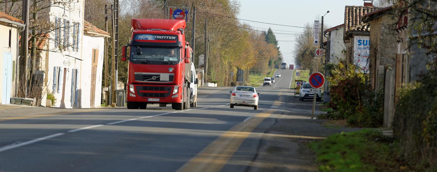 La RD948 : un axe routier important en Deux-Sèvres
